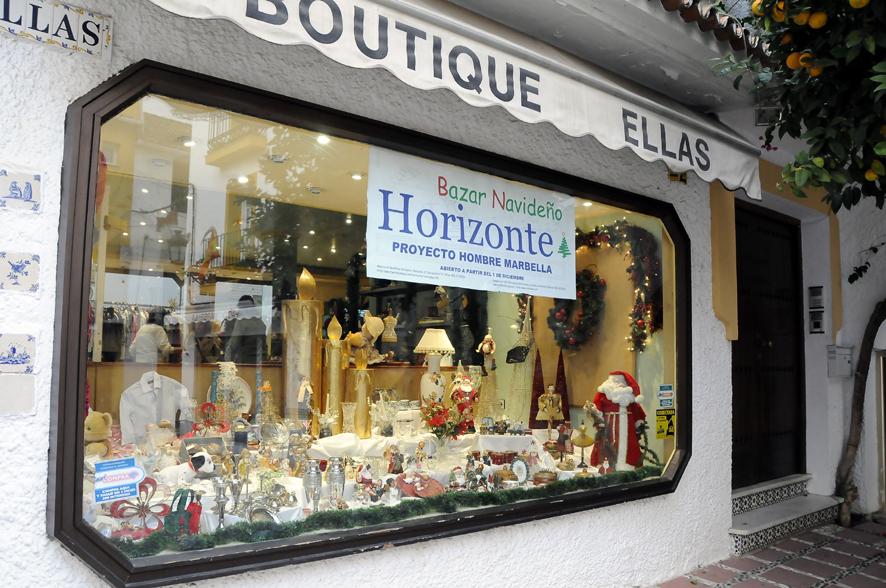Bazar navideño de Horizonte en la Plaza José Palomo