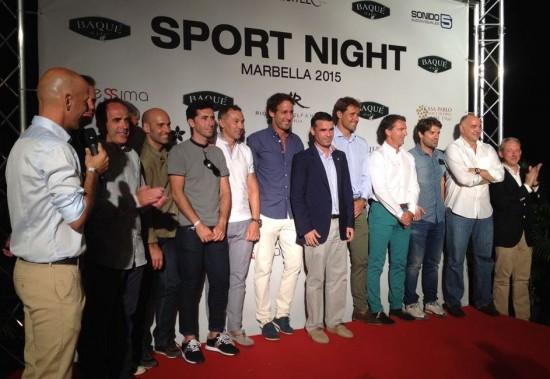 El alcalde de Marbella se une al homenaje a deportistas emblemáticos