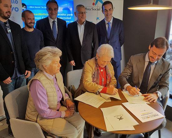 Firma convenio La Caixa-Horizonte